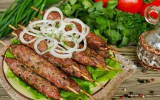 Рецепт люля кебаб на шампурах из свинины